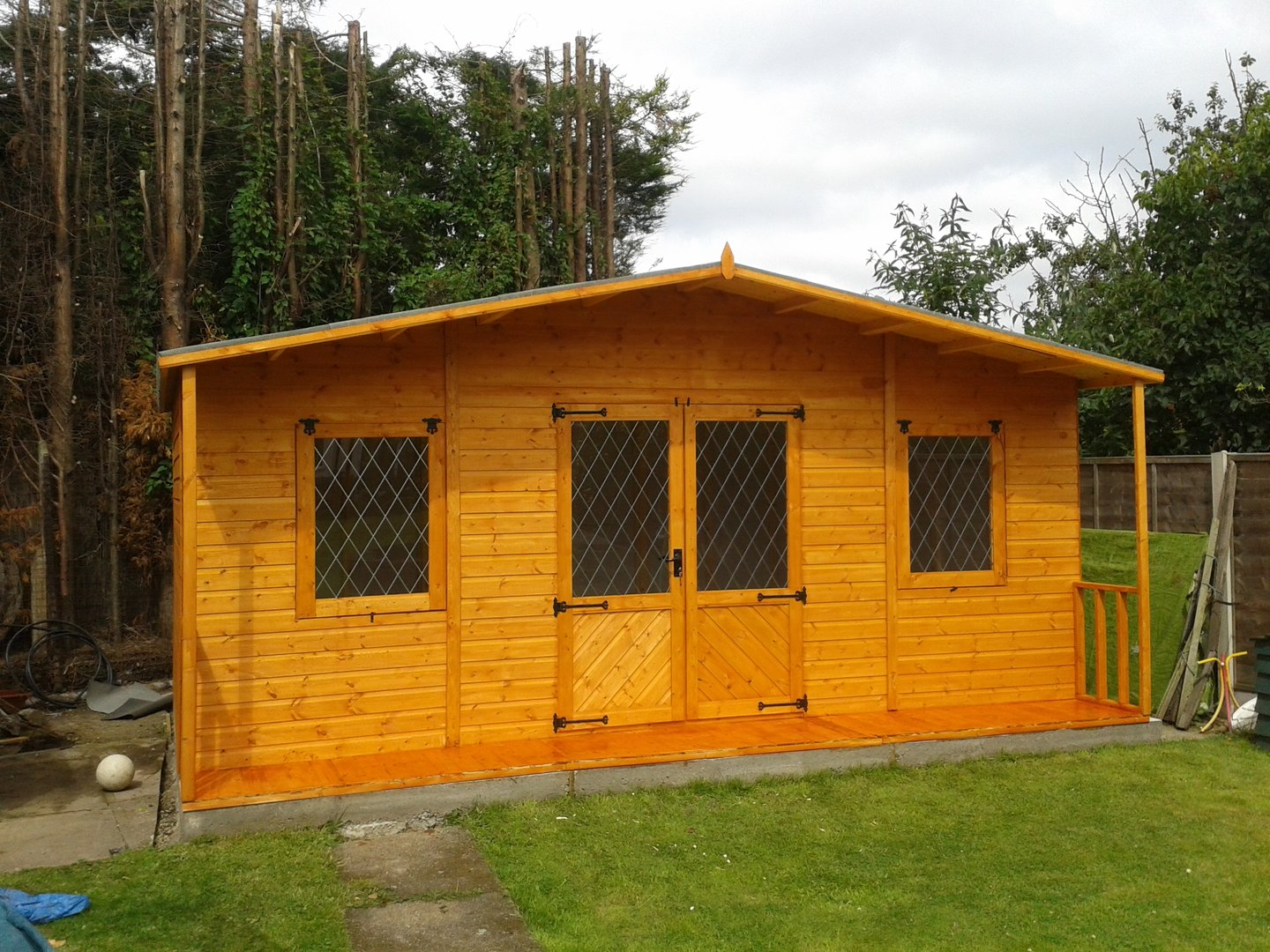 14x12 Large Summer House